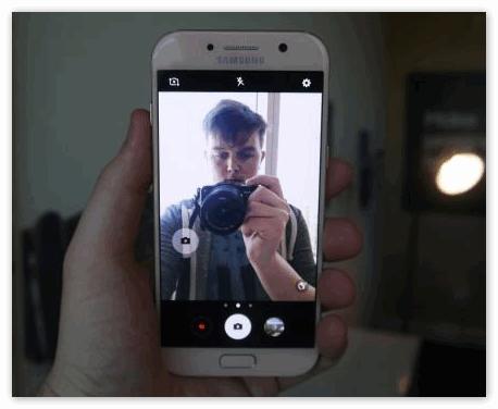 Сфографмровать телефон Snapchat